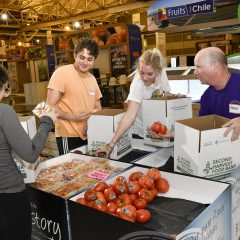 The 5 Things Food Bank Volunteers Wished You'd Knew